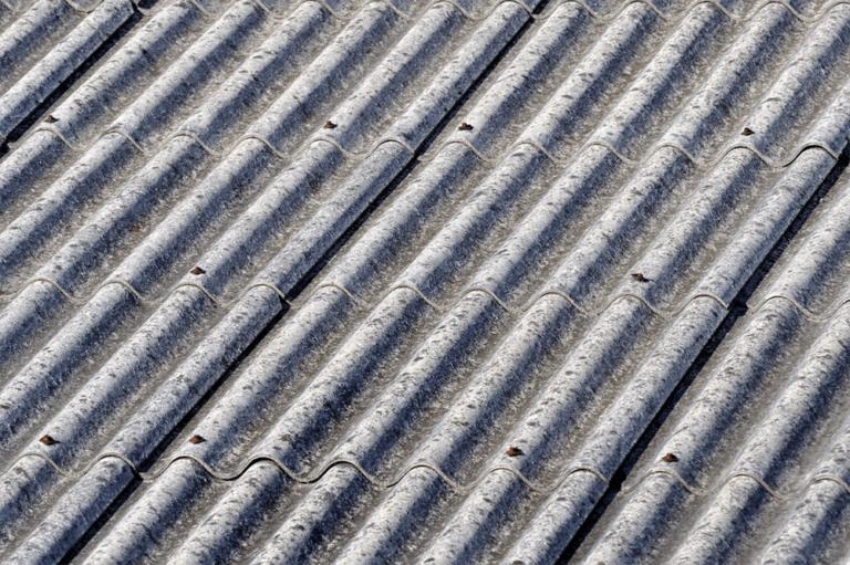 Asbestos Roof Cleaning: Helpful Guide